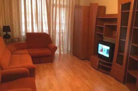 Комнату в 3-комнатной квартире, ул. Богдана Хмельницкого, д. 34 - Фото 1