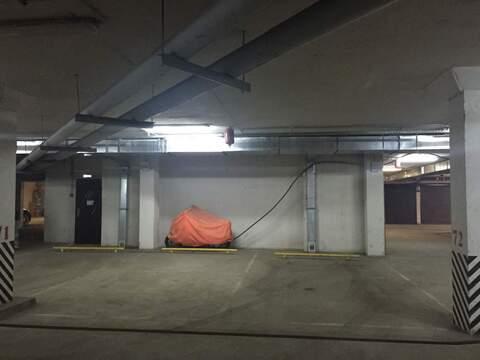 Продам место на закрытой стоянке, 18 кв. м - Фото 1