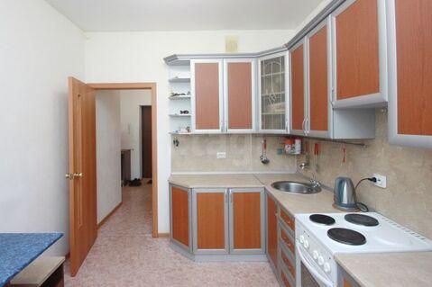Трехкомнатная квартира в новом (2014 г.) г.Ялуторовск - Фото 1
