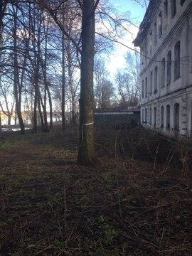 Здание 3 этажа 325 кв.м. требует ремонта - Фото 1