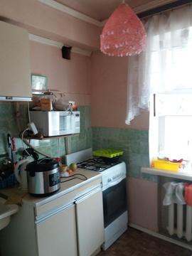 Продажа комнаты 11 м2 в трехкомнатной квартире ул Отто Шмидта, д 76б . - Фото 1