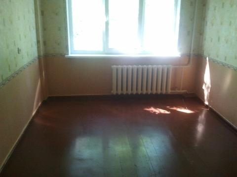Сдам 1 комнатную на 75 Гвардейской бр, 16 с частью мебели и холодильни - Фото 2