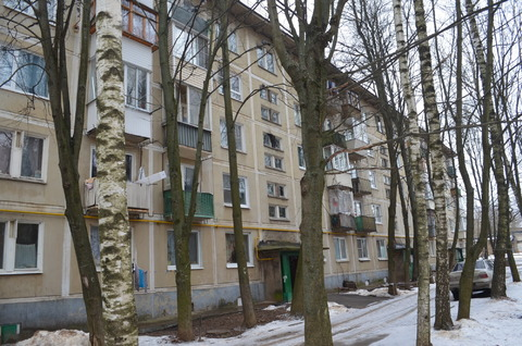 Сдам 2-х комнатную кв.Одинцовский р-н, г. Голицыно, Городок-17, д. 11 - Фото 1