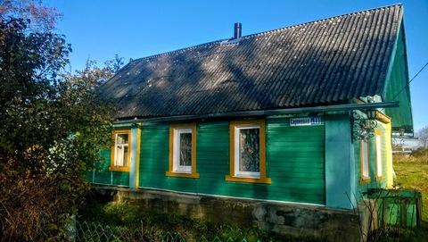 Добротный крепкий дом с новой баней под Псковом, участок 35 соток - Фото 1
