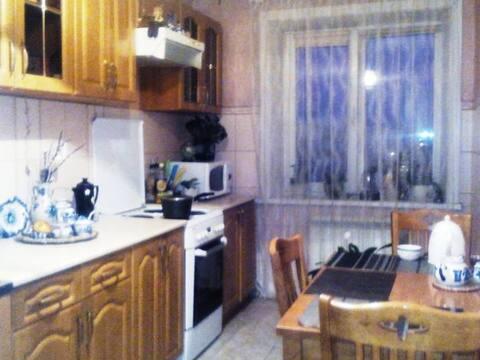 Продажа трехкомнатной квартиры на улице Василенко, 13 в Благовещенске, Купить квартиру в Благовещенске по недорогой цене, ID объекта - 319714898 - Фото 1