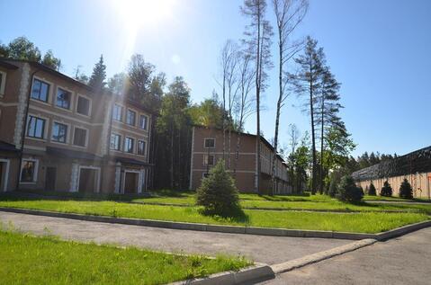 Таунхаус в жилом поселке на Новорижском шоссе 9 км в лесу рядом озеро - Фото 3