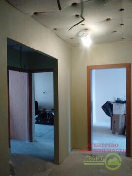 3-комнатная квартира в новом доме с индивидуальным отоплением, Купить квартиру в Белгороде по недорогой цене, ID объекта - 317470236 - Фото 1