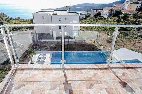 Объявление №1800339: Продажа апартаментов. Черногория