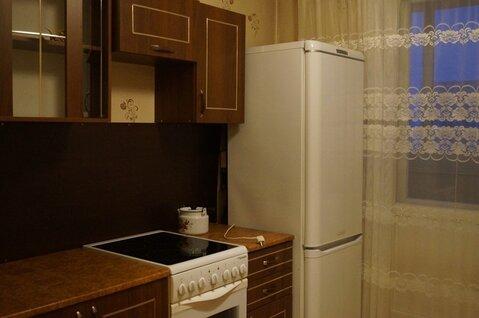 Сдам 1 комнатную на Хмельницкого, 42 в отл сост с мебелью и бытовой, Аренда квартир в Омске, ID объекта - 326182259 - Фото 1