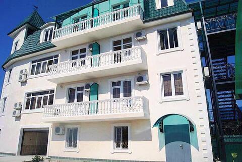 Абхазия. Гагра. 4-х этажный гостевой дом на 27 номеров. 1000 кв.м. - Фото 2