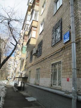 Комната в трёхкомнатной на Кравченко 10 - Фото 1