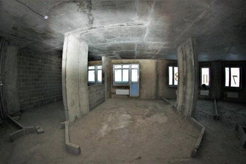 Купи квартиру с огромной лоджией и панорамным видом - Фото 1