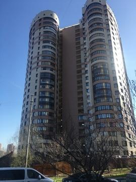 Продается Трехкомн. кв. г.Москва, Давыдковская ул, 16 - Фото 1