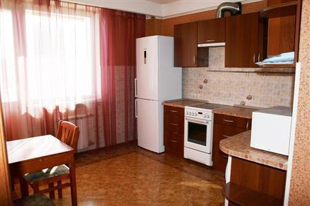 Сдам 4к квартиру ул. Камышинская