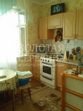 Продается 1 - комнатная квартира. Старый Оскол, Восточный м-н - Фото 2