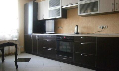 Продается 3-комнатная квартира в п.внииссок, ул. Дружбы, д. 19 - Фото 1