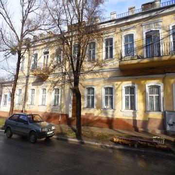 Здание отдельно стоящее общ.пл.1700 м.кв.Центр, под любой вид деятельн - Фото 3