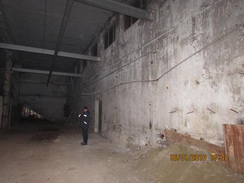 Здание 1500 кв. м в Североуральске - Фото 2