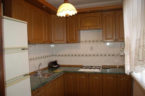 Просторная 3-комнатная в хорошем жилом состоянии, удобный район - Фото 3