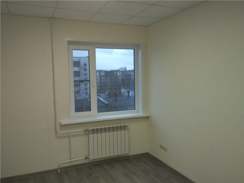 Офис 36,4 м2 по адресу Карла Маркса 21 (бизнес-центр никольский посад) . - Фото 1
