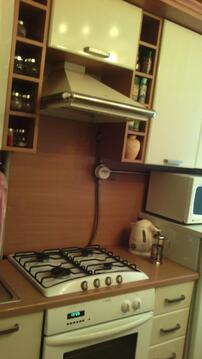 2-х. ком.квартира на Бору во 2-м. микрорайоне., Купить квартиру в Бору по недорогой цене, ID объекта - 317096366 - Фото 1