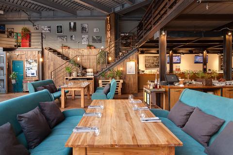 После ресторана большое помещение в аренду, можно под магазин, клуб. - Фото 4