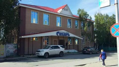 Продается торговое помещение в ТЦ, хороший ремонт, площадь 97 м2 - Фото 1