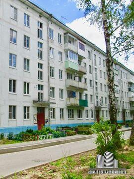 2х к. квартира, п. Икша ул.Рабочая, д. 21 - Фото 1