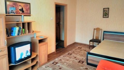 Сдается комната в 2х-ком квартире Пермь, Народовольческая, 3 - Фото 1
