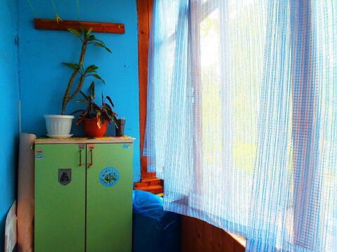Комнмта с ремонтом и балконом - Фото 3