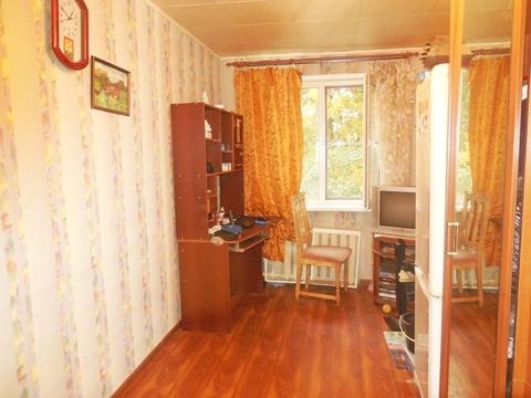 Комната в 2-х комнатной квартире 10 (кв.м). Этаж: 2/5 панельного дома. - Фото 1