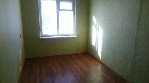 Продам комнату в малонаселенной 3-х комнатной квартире в Брагино , ул. ., Купить комнату в квартире Ярославля недорого, ID объекта - 700967558 - Фото 1