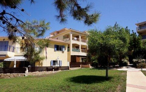 Уникальный просторный трехкомнатный Апартамент в 500м от моря в Пафосе - Фото 1