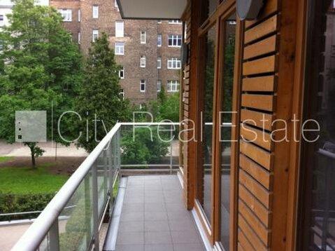 Продажа квартиры, Улица Томсона - Фото 1