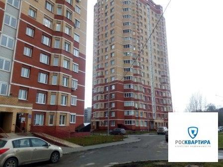 Продается однокомнатная квартира, Липецк, Манеж - Фото 1
