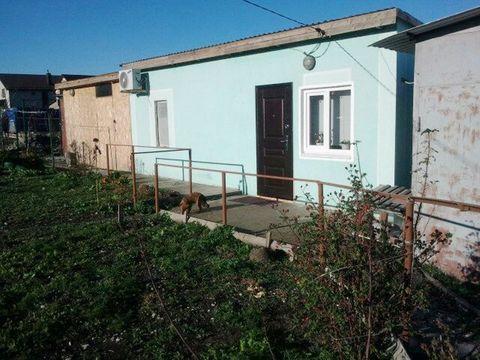 Купить домик с участком 8 сот. в пригороде г. Новороссийска - Фото 1