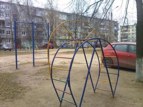 Продаю 2-х-комнатную квартиру по адресу Калужская область, Малоярослав - Фото 1