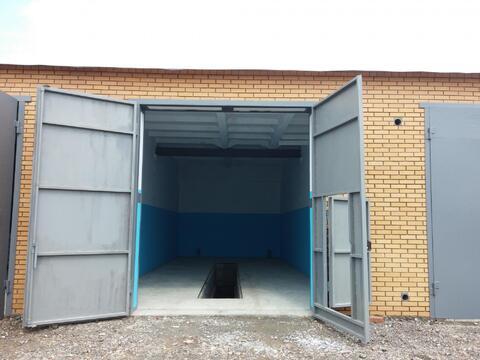 Сдам новый большой капитальный гараж размерами 5х12м, высота ворот 3,5, Аренда гаражей в Сосновоборске, ID объекта - 400037067 - Фото 1