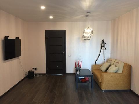 Квартира отличной планировки с евроремонтом в Тюмени!, Купить квартиру в Тюмени по недорогой цене, ID объекта - 322185580 - Фото 1