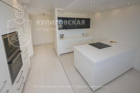 Продажа квартиры, Екатеринбург, м. Площадь 1905 года, Ул. Блюхера - Фото 1
