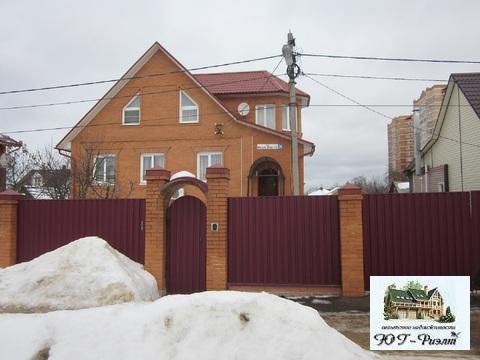Продам дом 236 к.в.м в Наро-Фоминске, ул. М. Жукова, 76 - Фото 1