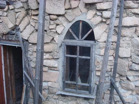 Участок в саду с каменным домом - Фото 1