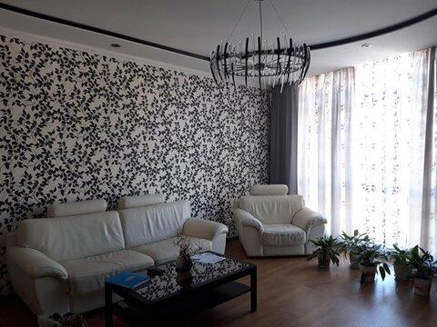 Шикарная 3-х комнатная квартира, уютная, с евро-ремонтом, с мебелью - Фото 1