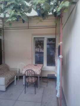 Продам 2-х комнатный жакт (статус квартиры) в Центре, свой двор. - Фото 2
