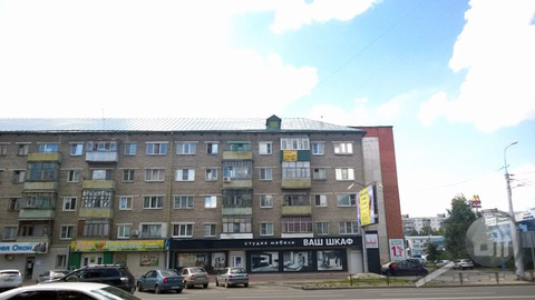 Продается комната с ок, ул. Кулакова - Фото 1