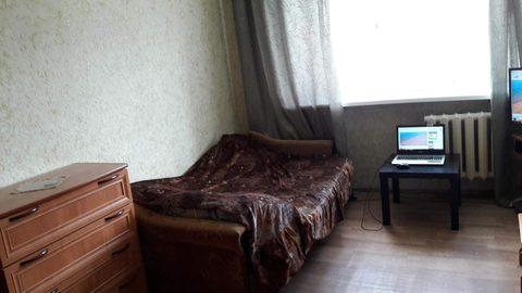 Продается комната на ул. 50 лет Октября, д. 5а (к091) - Фото 1