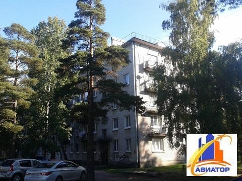 Продается 2 комнатная квартира в поселке Глебычево - Фото 1