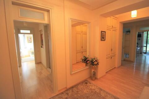 Продам 3 комнатные апартаменты в Алуште, ул.Парковой,5. - Фото 4