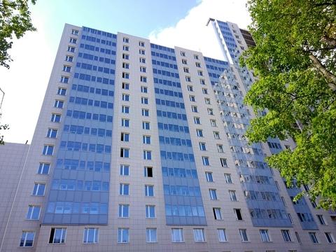 Купить квартиру в ЖК Светлана - Фото 1