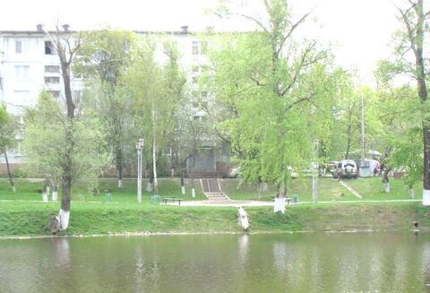 Продается 2 к.кв. в г.Чехове, ул. Набережная д. 4, Купить квартиру в Чехове по недорогой цене, ID объекта - 316551770 - Фото 1